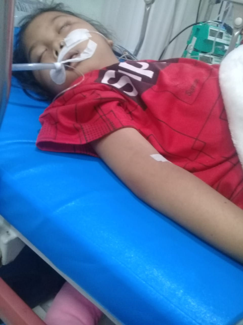 Nur Fathya Agustina at the time of her coma at hospital.